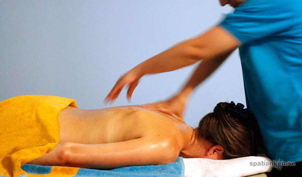 Massagens dag! Passande nog är det också blå-gula färger på denna bild av ouzoterapi.