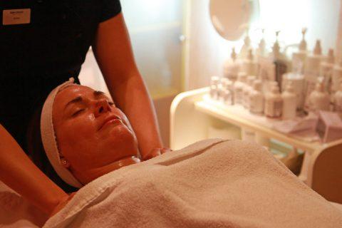 Anti-age-behandling med Babor på Birka Panorama Spa