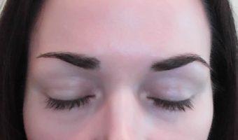Drömmen om ett par fylliga ögonbryn