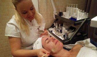 Lyxig behandling med caviar på Cinderella Spa